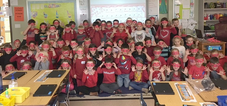 Red Ribbon Week 18