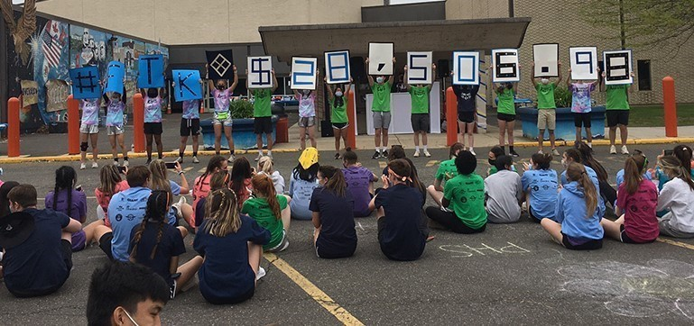 PHS students revealed the MiniTHON 2021 total funds raised after 6 hrs of outdoor games & activities.
